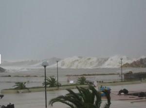 tsunami.2